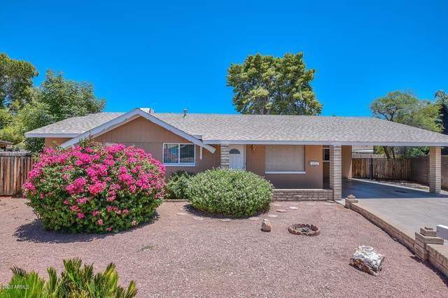 8233 N 39TH Drive, Phoenix, AZ 85051 (#6080981) :: Luxury Group - Realty Executives Arizona Properties