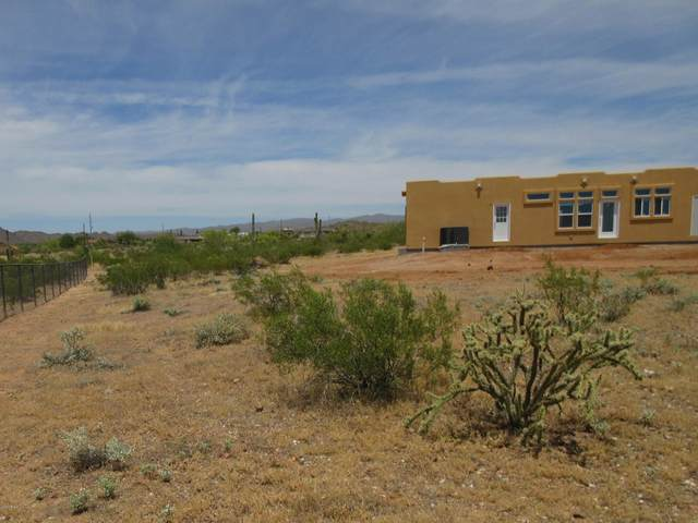 42012 N 253rd Avenue, Morristown, AZ 85342 (MLS #6081847) :: Devor Real Estate Associates