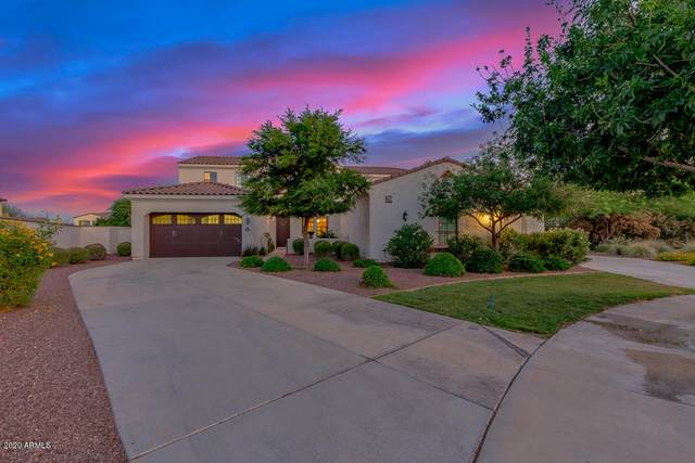 3440 N Boulder Court, Buckeye, AZ 85396 (MLS #6081877) :: Dijkstra & Co.