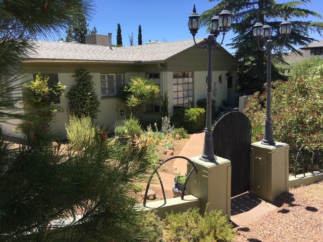 300 Cole Avenue, Bisbee, AZ 85603 (MLS #6082140) :: Long Realty West Valley