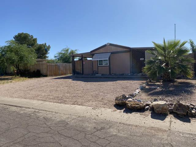 1465 S Desert View Place, Apache Junction, AZ 85120 (MLS #6082693) :: Lux Home Group at  Keller Williams Realty Phoenix