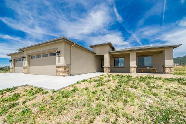 9255 N Dakota Road, Prescott Valley, AZ 86315 (MLS #6082860) :: The Bill and Cindy Flowers Team