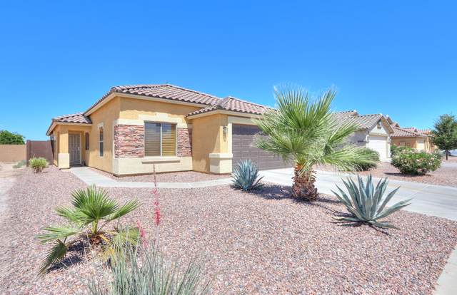 2033 N Thunderbird Avenue, Casa Grande, AZ 85122 (MLS #6083250) :: Lux Home Group at  Keller Williams Realty Phoenix