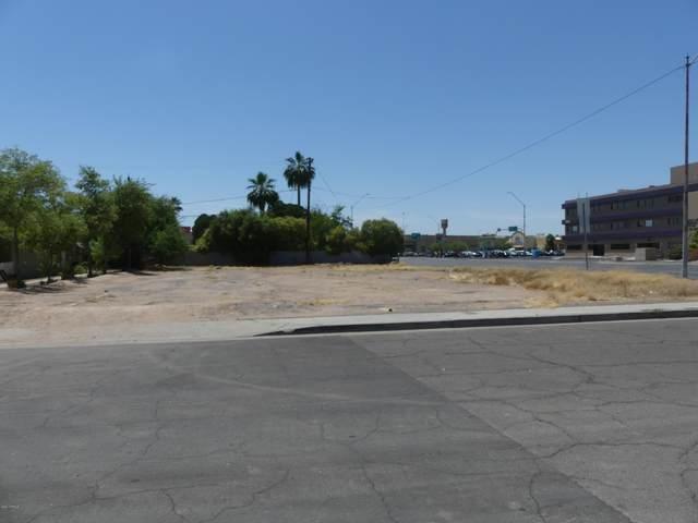 2121 E Thomas Road, Phoenix, AZ 85016 (MLS #6084315) :: The W Group