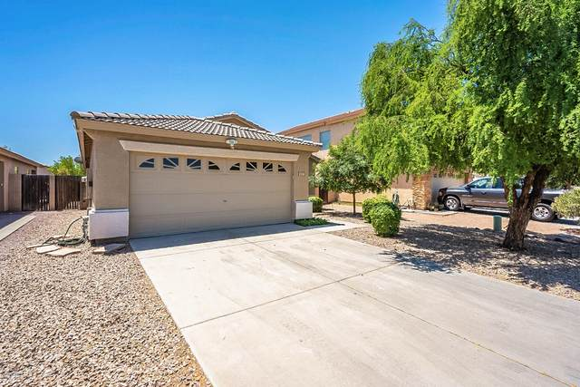 817 E Geona Street, San Tan Valley, AZ 85140 (MLS #6084549) :: The Property Partners at eXp Realty