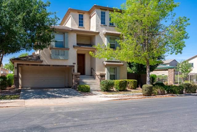 4306 E Tyson Street, Gilbert, AZ 85295 (MLS #6084799) :: Arizona Home Group