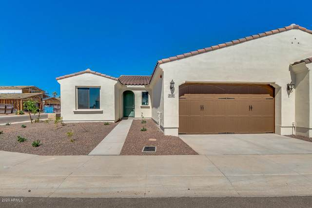 14200 W Village Parkway #2137, Litchfield Park, AZ 85340 (MLS #6085110) :: Riddle Realty Group - Keller Williams Arizona Realty