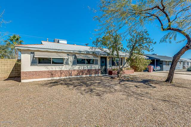 7402 E Beatrice Street, Scottsdale, AZ 85257 (MLS #6087214) :: neXGen Real Estate