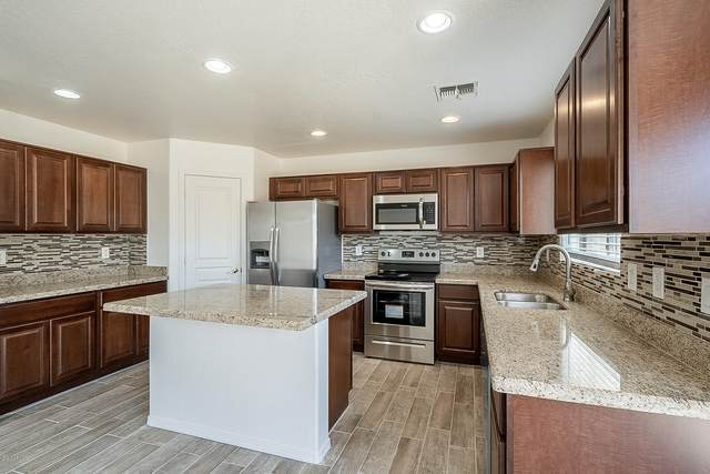 2417 W Saint Kateri Drive, Phoenix, AZ 85041 (MLS #6087381) :: neXGen Real Estate