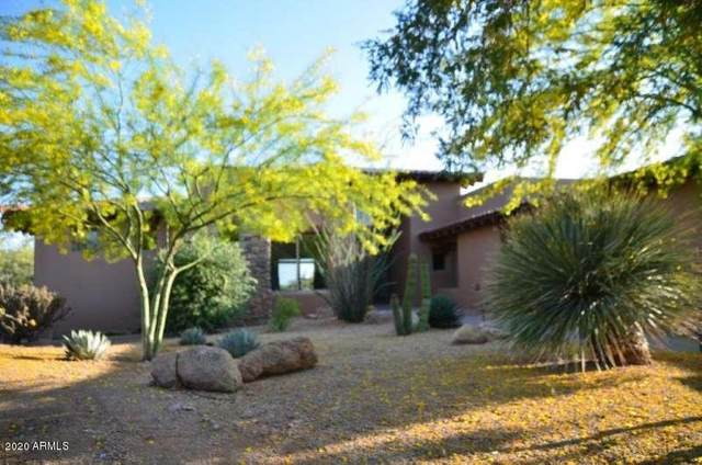 9933 E Lookout Mountain Drive, Scottsdale, AZ 85262 (MLS #6088543) :: Brett Tanner Home Selling Team