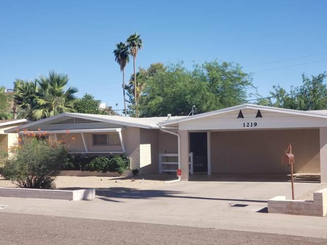 1219 E Orchid Lane, Phoenix, AZ 85020 (MLS #6088775) :: Brett Tanner Home Selling Team
