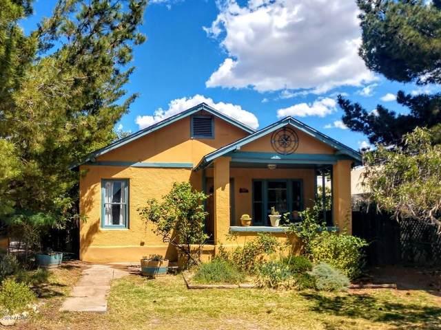 610 Campbell Street, Bisbee, AZ 85603 (MLS #6090343) :: Lux Home Group at  Keller Williams Realty Phoenix