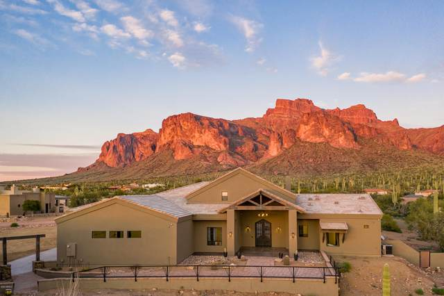496 N La Barge Road, Apache Junction, AZ 85119 (MLS #6090887) :: Riddle Realty Group - Keller Williams Arizona Realty