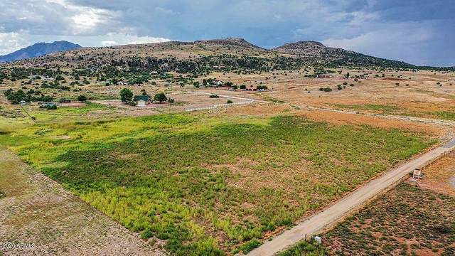 1395-1425 S Lake Shore Drive, Chino Valley, AZ 86323 (MLS #6090903) :: The Daniel Montez Real Estate Group