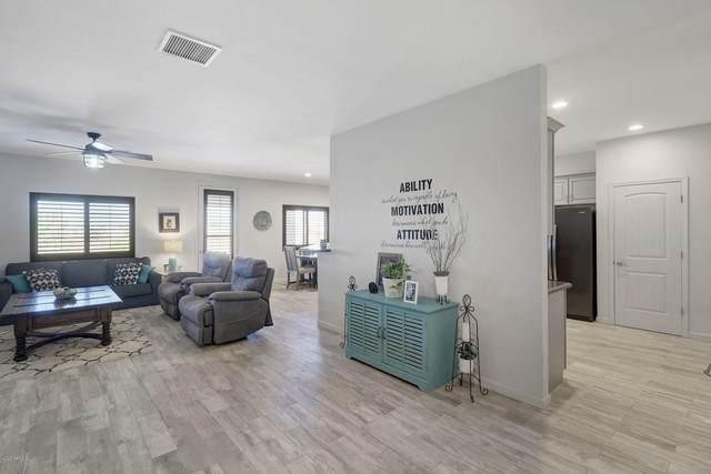 30708 N 213TH Drive, Wittmann, AZ 85361 (MLS #6094161) :: Dave Fernandez Team | HomeSmart