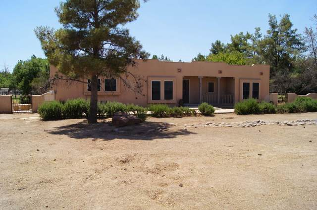 6608 N 175TH Avenue, Waddell, AZ 85355 (MLS #6094408) :: The Laughton Team
