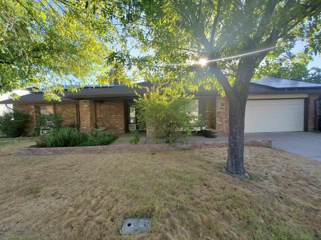 2536 S Spruce Street, Mesa, AZ 85210 (MLS #6095206) :: The Laughton Team