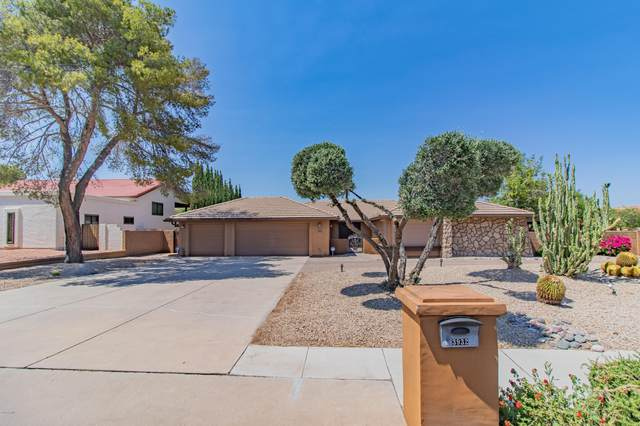 3932 E Equestrian Trail, Phoenix, AZ 85044 (MLS #6095343) :: Yost Realty Group at RE/MAX Casa Grande