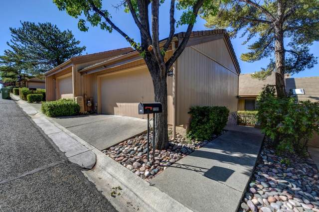 2209 Clubhouse Drive, Prescott, AZ 86301 (MLS #6097772) :: Brett Tanner Home Selling Team