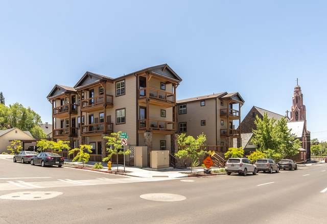 19 W Dale Avenue #301, Flagstaff, AZ 86001 (MLS #6098358) :: Brett Tanner Home Selling Team