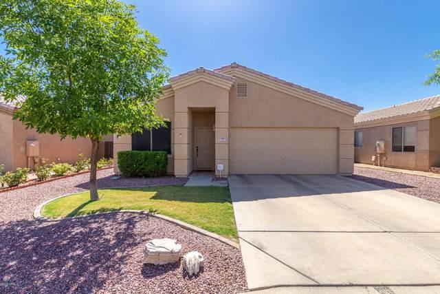 1140 S Sabrina, Mesa, AZ 85208 (MLS #6098456) :: The Daniel Montez Real Estate Group