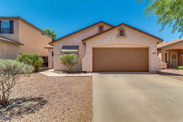4911 E Meadow Lark Way, San Tan Valley, AZ 85140 (MLS #6098547) :: Scott Gaertner Group