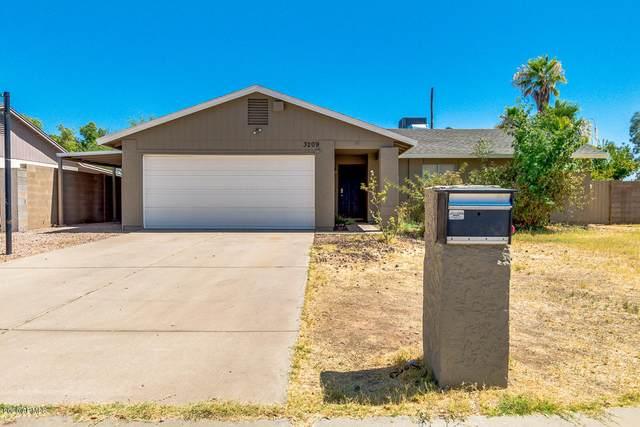 3209 E Helena Drive, Phoenix, AZ 85032 (MLS #6098559) :: Dave Fernandez Team | HomeSmart