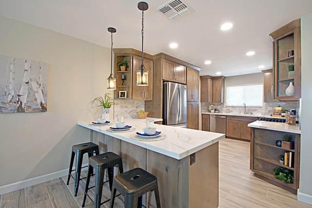 10932 W Tropicana Circle, Sun City, AZ 85351 (MLS #6098646) :: Klaus Team Real Estate Solutions
