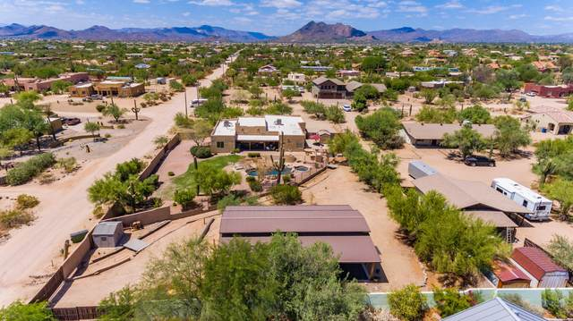 6011 E Windstone Trail, Cave Creek, AZ 85331 (MLS #6098935) :: Lux Home Group at  Keller Williams Realty Phoenix