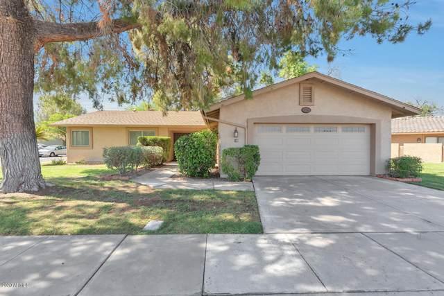 590 Leisure World, Mesa, AZ 85206 (MLS #6099334) :: Lux Home Group at  Keller Williams Realty Phoenix