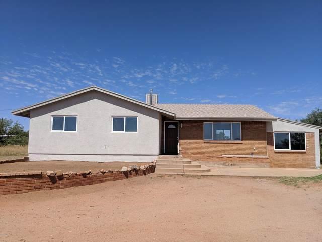 403 N Fairbanks, Huachuca City, AZ 85616 (MLS #6100800) :: Service First Realty
