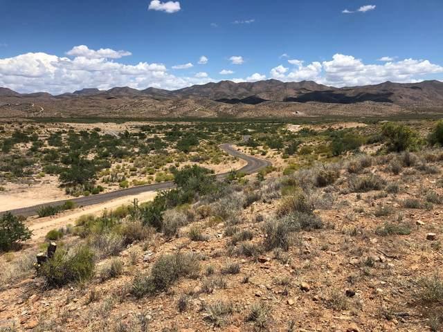 5809 S Windmill Road, Kingman, AZ 86401 (MLS #6102246) :: Sheli Stoddart Team | M.A.Z. Realty Professionals
