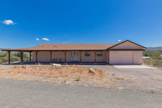 18506 S Country Club Drive, Peeples Valley, AZ 86332 (MLS #6102423) :: Riddle Realty Group - Keller Williams Arizona Realty