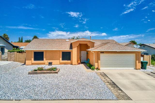 2863 Sun Crest Drive, Sierra Vista, AZ 85650 (MLS #6102890) :: Riddle Realty Group - Keller Williams Arizona Realty