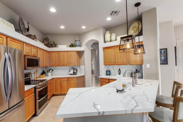 2003 E Fawn Drive, Phoenix, AZ 85042 (MLS #6102893) :: Klaus Team Real Estate Solutions
