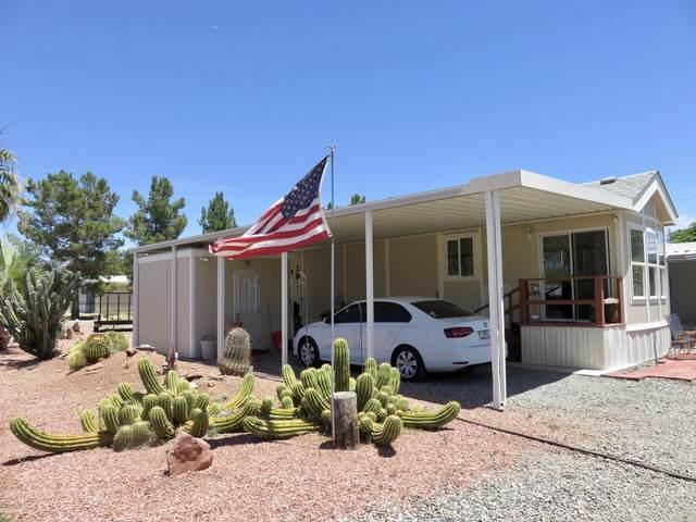 19101 #25 E Palm Lane, Black Canyon City, AZ 85324 (MLS #6103540) :: My Home Group