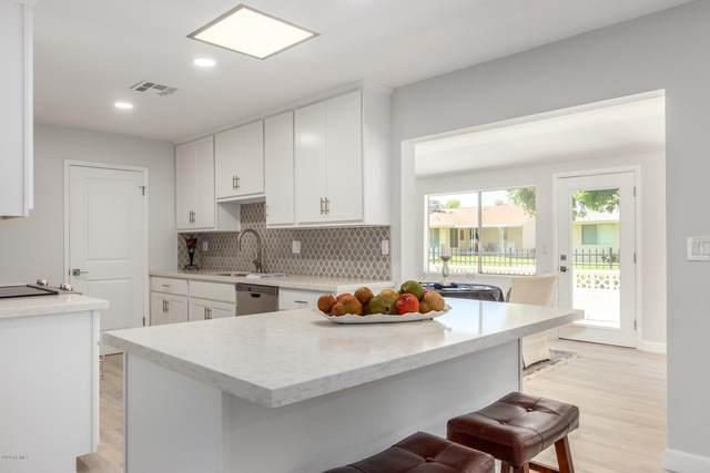 10334 W Kingswood Circle, Sun City, AZ 85351 (MLS #6103800) :: Klaus Team Real Estate Solutions