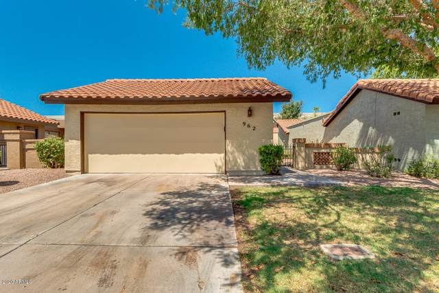 962 S 21ST Street, Mesa, AZ 85204 (MLS #6105706) :: Klaus Team Real Estate Solutions