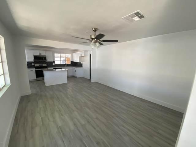 2827 W Diana Avenue, Phoenix, AZ 85051 (MLS #6106908) :: The W Group