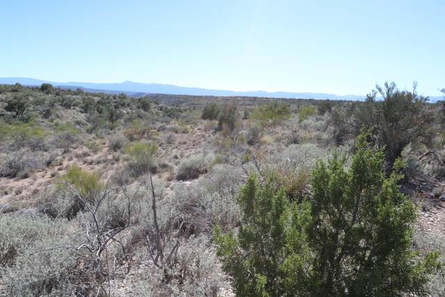4710 E Crazy Horse Circle, Rimrock, AZ 86335 (#6108092) :: Luxury Group - Realty Executives Arizona Properties