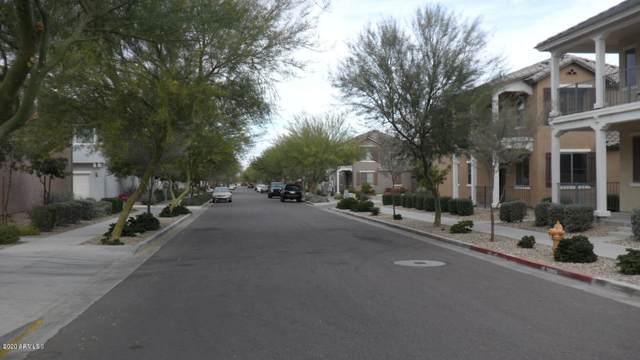 7120 S 7TH Lane, Phoenix, AZ 85041 (MLS #6109200) :: Klaus Team Real Estate Solutions