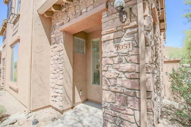 2051 W Madre Del Oro Drive, Phoenix, AZ 85085 (MLS #6109357) :: The Laughton Team