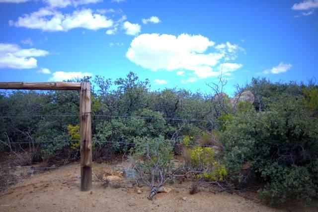 175 S Quail Tracks Road, Dewey, AZ 86327 (MLS #6109704) :: Brett Tanner Home Selling Team
