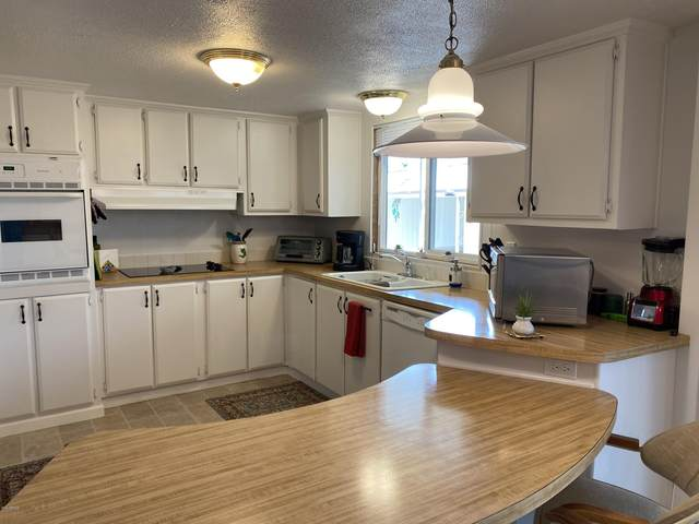 4065 E University Drive #566, Mesa, AZ 85205 (MLS #6111877) :: The Daniel Montez Real Estate Group