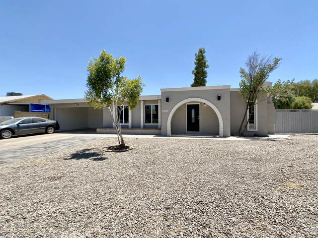 4005 E Saint Anne Avenue, Phoenix, AZ 85042 (MLS #6112152) :: Brett Tanner Home Selling Team