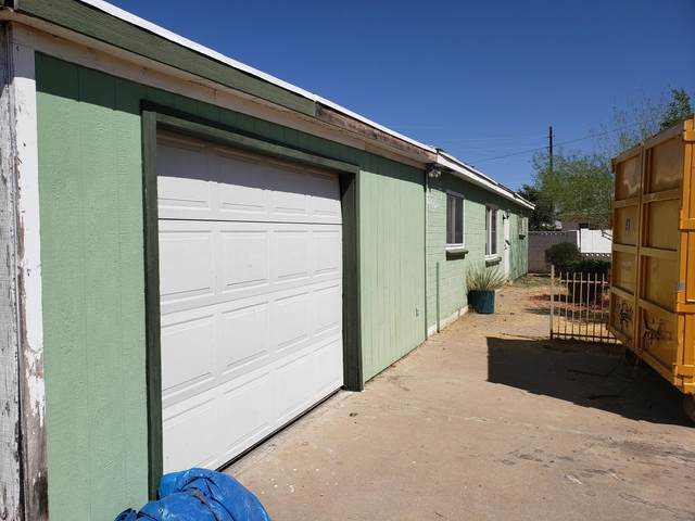 2716 W Echo Lane, Phoenix, AZ 85051 (MLS #6112569) :: Scott Gaertner Group