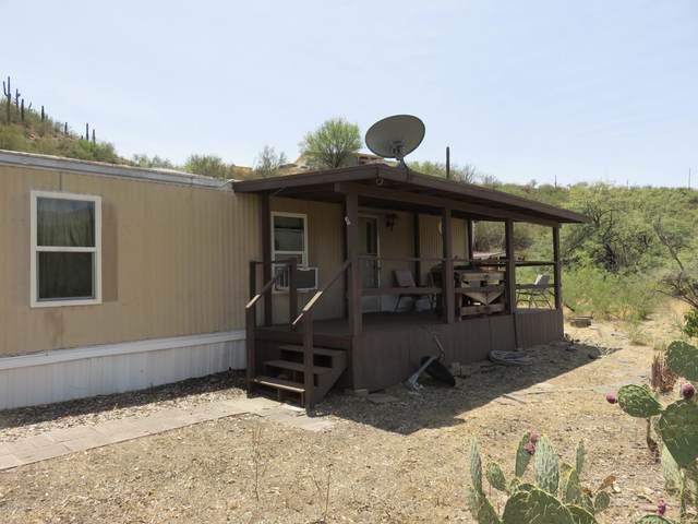 18895 E Kings Way, Black Canyon City, AZ 85324 (MLS #6112872) :: Klaus Team Real Estate Solutions