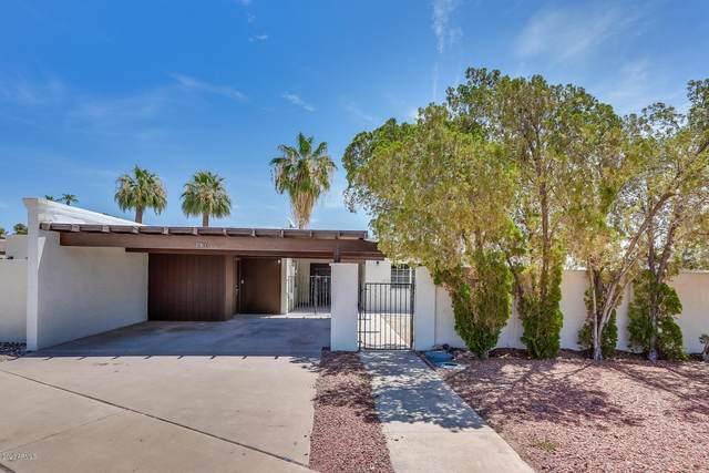 261 S Old Litchfield Road, Litchfield Park, AZ 85340 (MLS #6113041) :: neXGen Real Estate