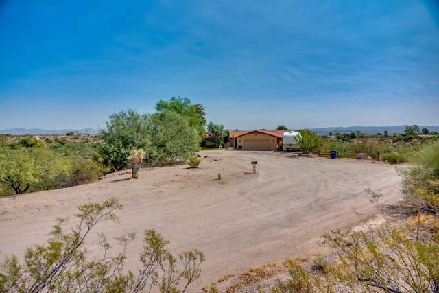 1890 W Roderick Lane, Wickenburg, AZ 85390 (MLS #6113451) :: Brett Tanner Home Selling Team