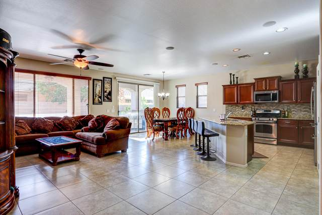 3432 S California Street, Chandler, AZ 85248 (MLS #6113676) :: Openshaw Real Estate Group in partnership with The Jesse Herfel Real Estate Group